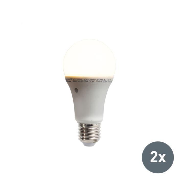 Set-di-2-lampadine-a-LED-con-sensore-crepuscolare-integrato-E27-9W-806LM-bianco-caldo-2700K