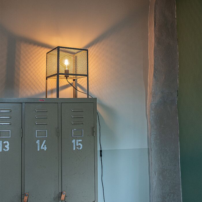 Lampada-da-tavolo-industriale-argento-antico---CAGE-Robusto