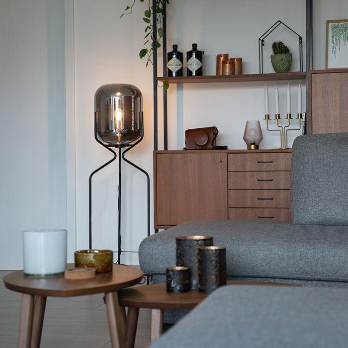 Lampada-da-terra-design-nera-con-vetro-fumé---Bliss