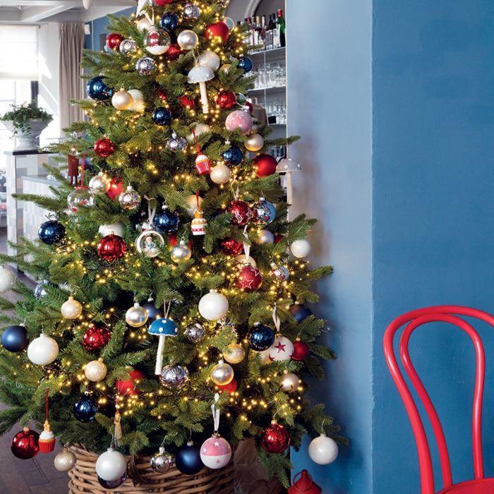 Albero-di-Natale-PINO-a-LED-caldo-bianco-2,1m